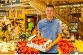 Mega Image continua sa dezvolte parteneriatul cu producatorii locali de legume prin programul Gusturi romanesti de la gospodari