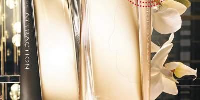 Apa de parfum pentru dama/ barbati Avon Attraction
