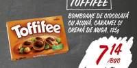 Toffifee bomboane de ciocolata cu aluna, caramel si crema de nuga